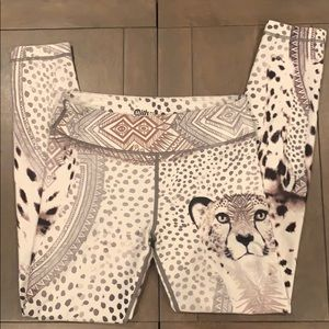WITH Wear It to heart legging snow leopard yoga